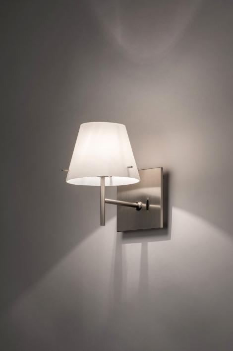 Hoogte Wandlamp Slaapkamer : Wandlamp 70460: Modern, Glas, Wit ...