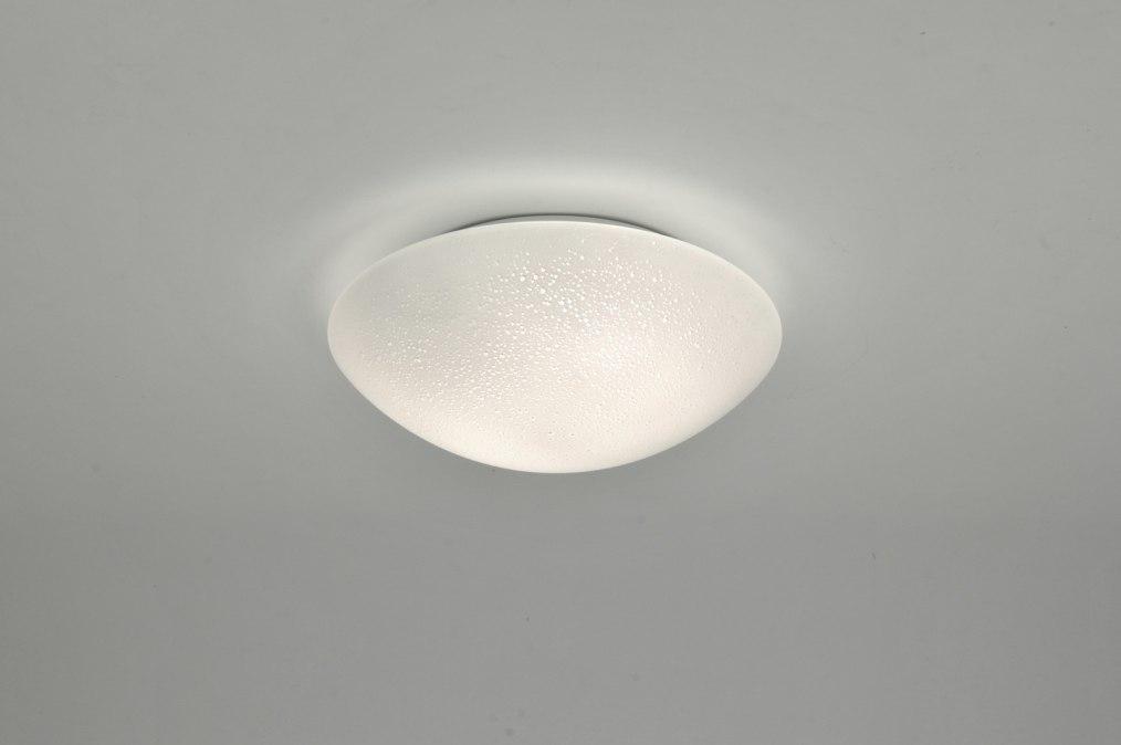 deckenleuchte 88468 modern klassisch glas mit opalglas. Black Bedroom Furniture Sets. Home Design Ideas