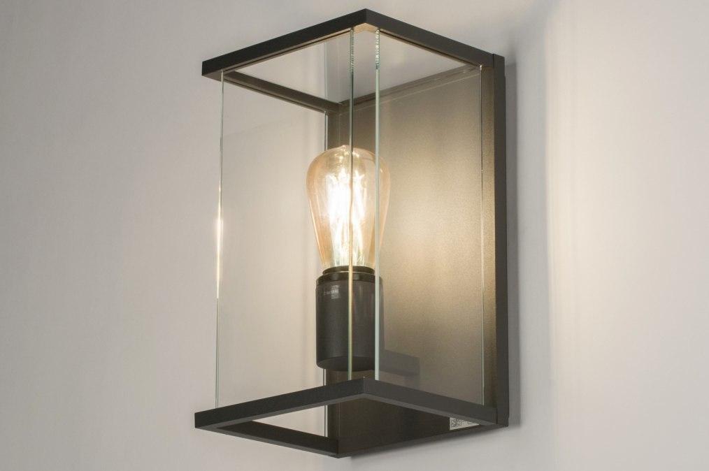 aussenleuchte 11600 modern zeitgemaess klassisch. Black Bedroom Furniture Sets. Home Design Ideas