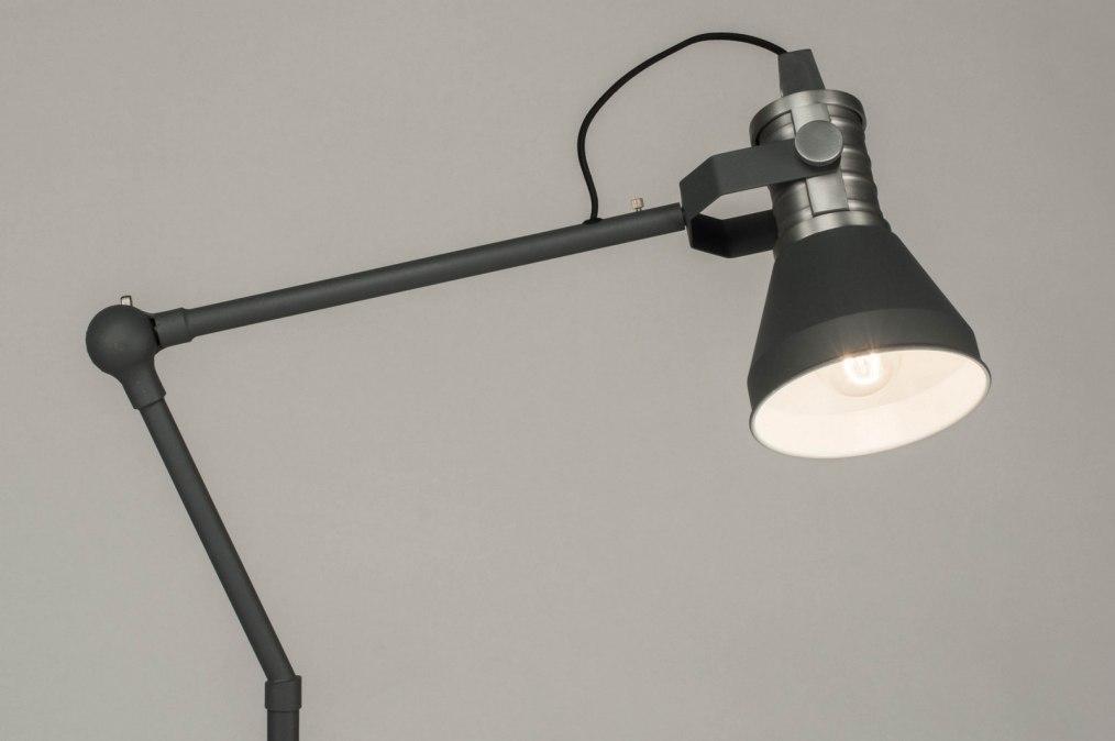 Mooi stoere staande lamp ideeën woondecoratie slaapkamer