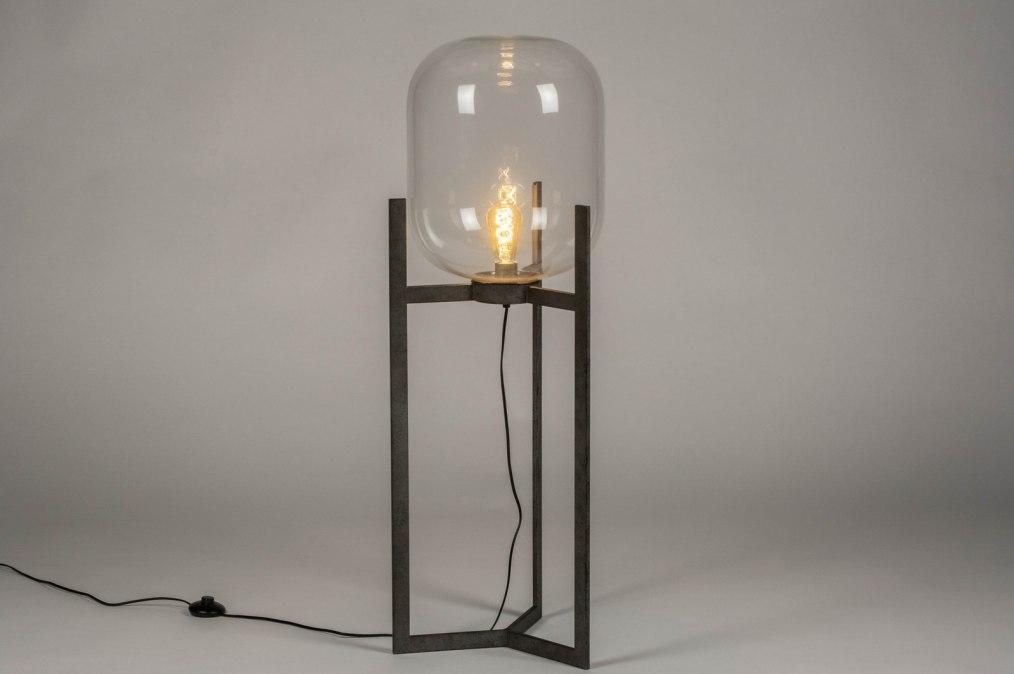 Staande Lampen Industrieel : Staande lamp industrie look modern stoere lampen