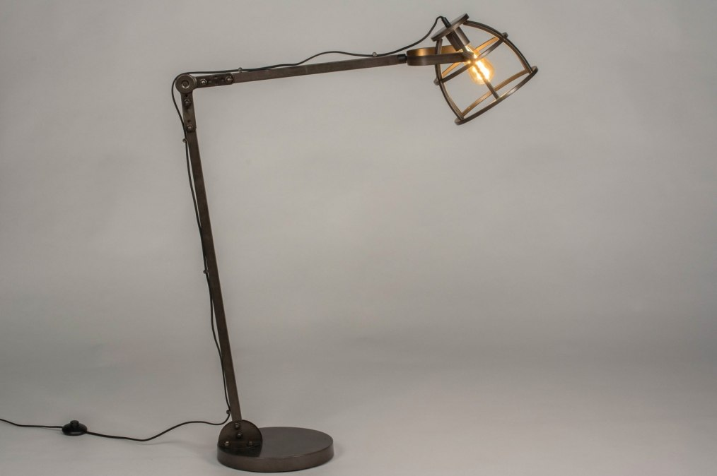 Staande lamp industrie look modern stoere lampen
