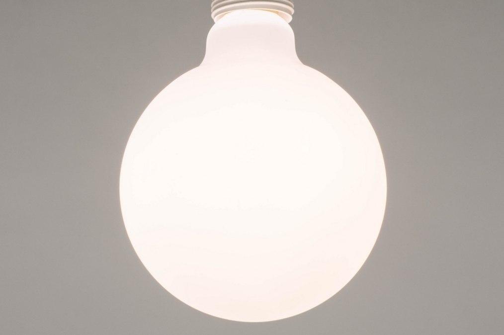 Type d ampoule 276: verre, verre opale blanc, blanc, rond #0