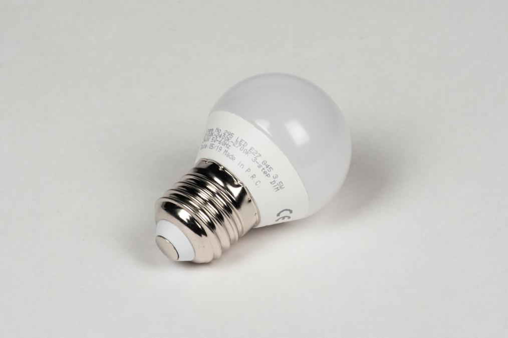 Type d ampoule 295: plastique #0