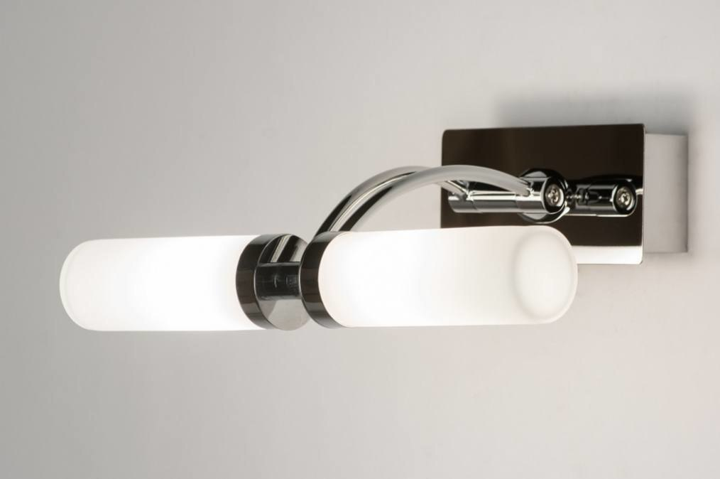 Wandlamp 30545: modern, glas, wit opaalglas, chroom #0