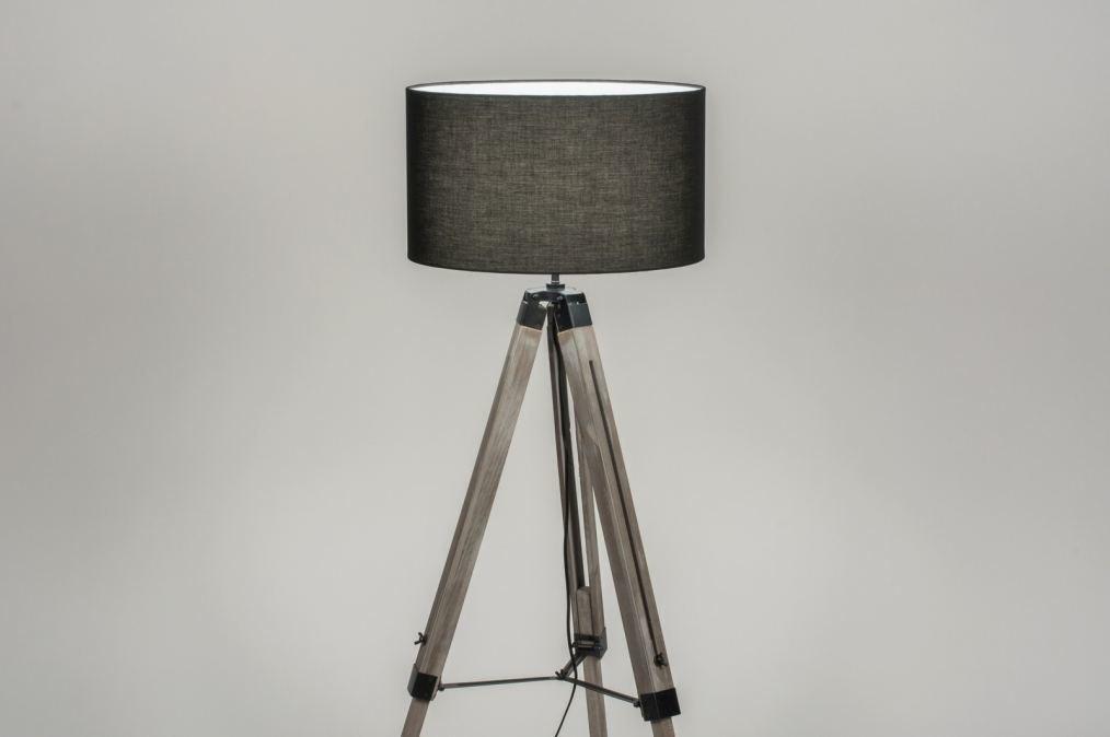 Staande lamp modern landelijk rustiek industrie look
