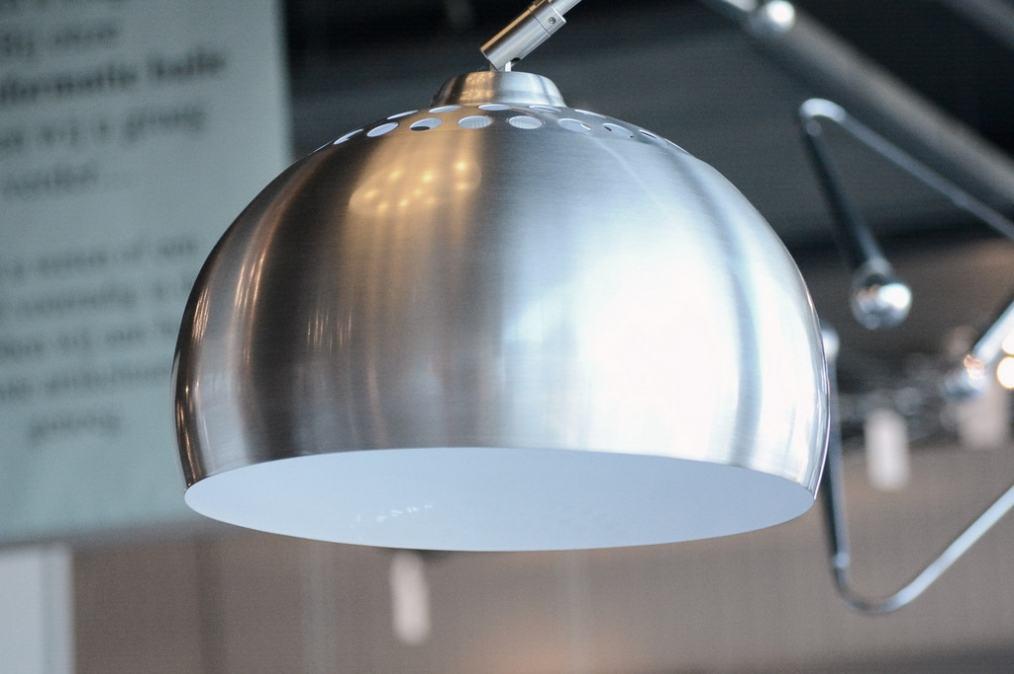 lampadaire 523 moderne retro acier poli rond. Black Bedroom Furniture Sets. Home Design Ideas