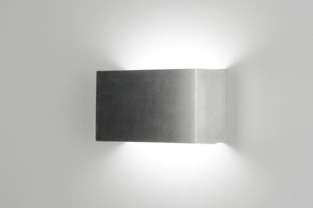 Design Wandverlichting Badkamer : Wandlamp design modern aluminium metaal