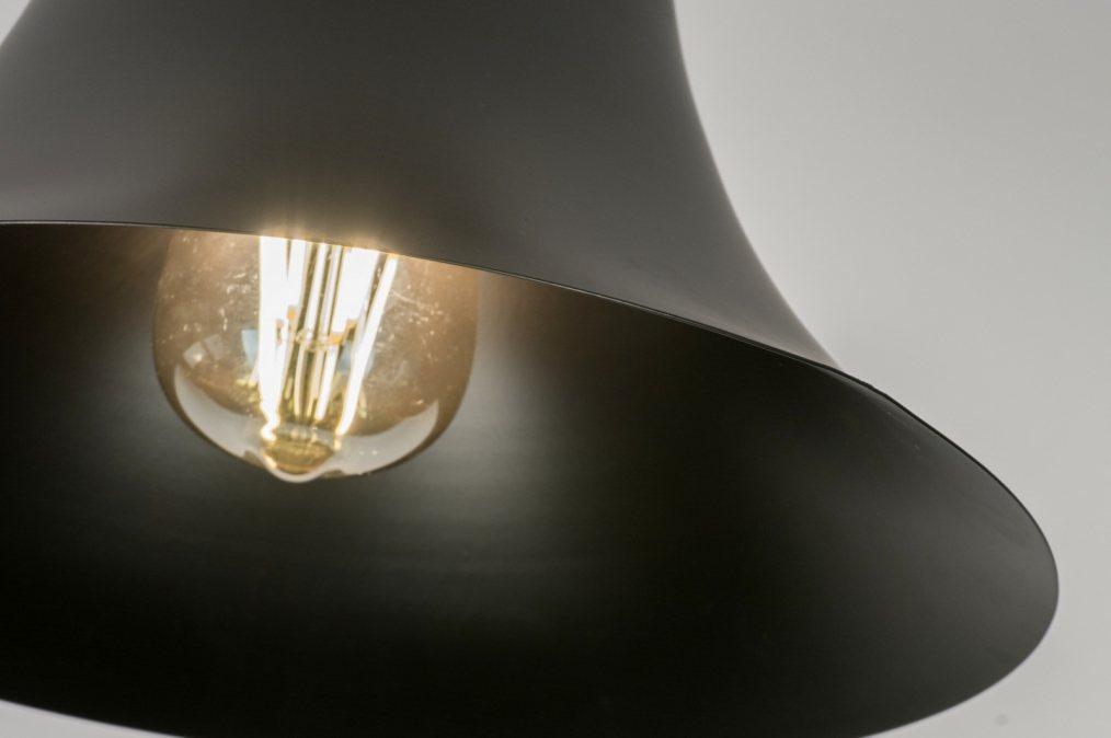deckenleuchte 72470 modern zeitgemaess klassisch laendlich rustikal schwarz. Black Bedroom Furniture Sets. Home Design Ideas