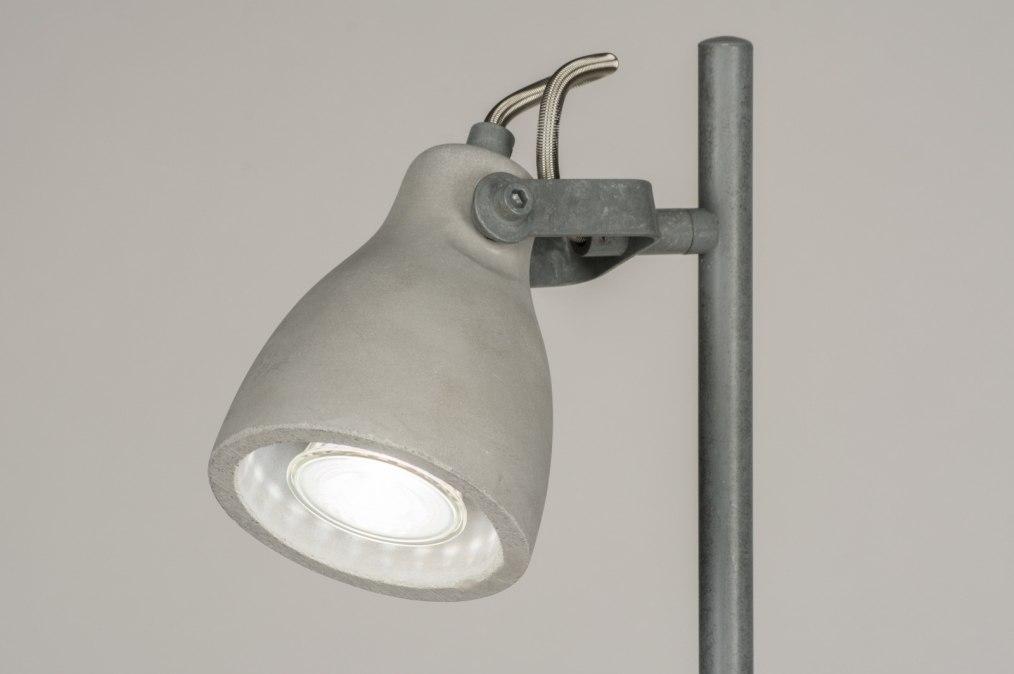 Staande lamp modern landelijk rustiek stoere lampen