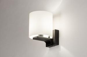 wandlamp 13938 modern glas wit opaalglas metaal zwart mat wit mat rond vierkant