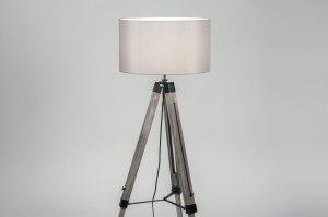 Stehleuchte 30717 laendlich rustikal modern zeitgemaess klassisch Holz grau Holz