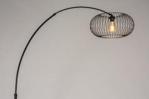 vloerlamp 31043 modern retro metaal zwart mat rond